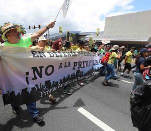 Marchas del 1 de mayo: ¿Por qué la asistencia fue menor si los reclamos son mayores?