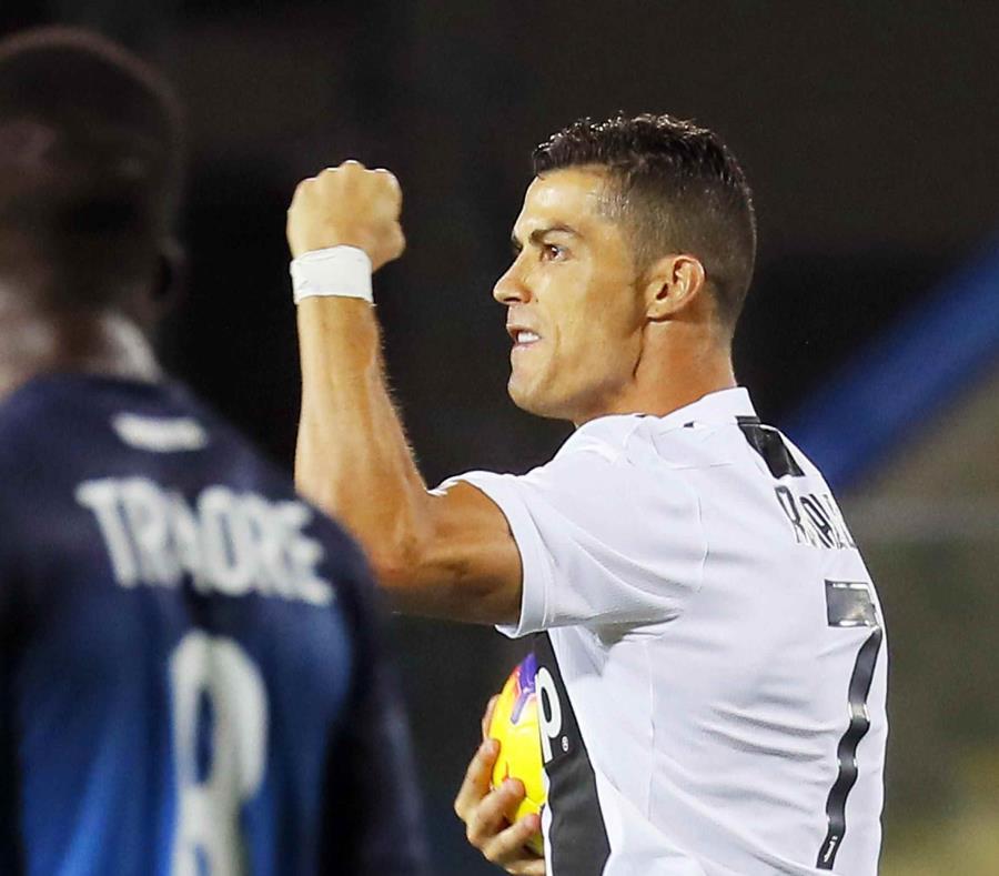 Cristiano Ronaldo celebra uno de sus goles. (AP) (semisquare-x3)