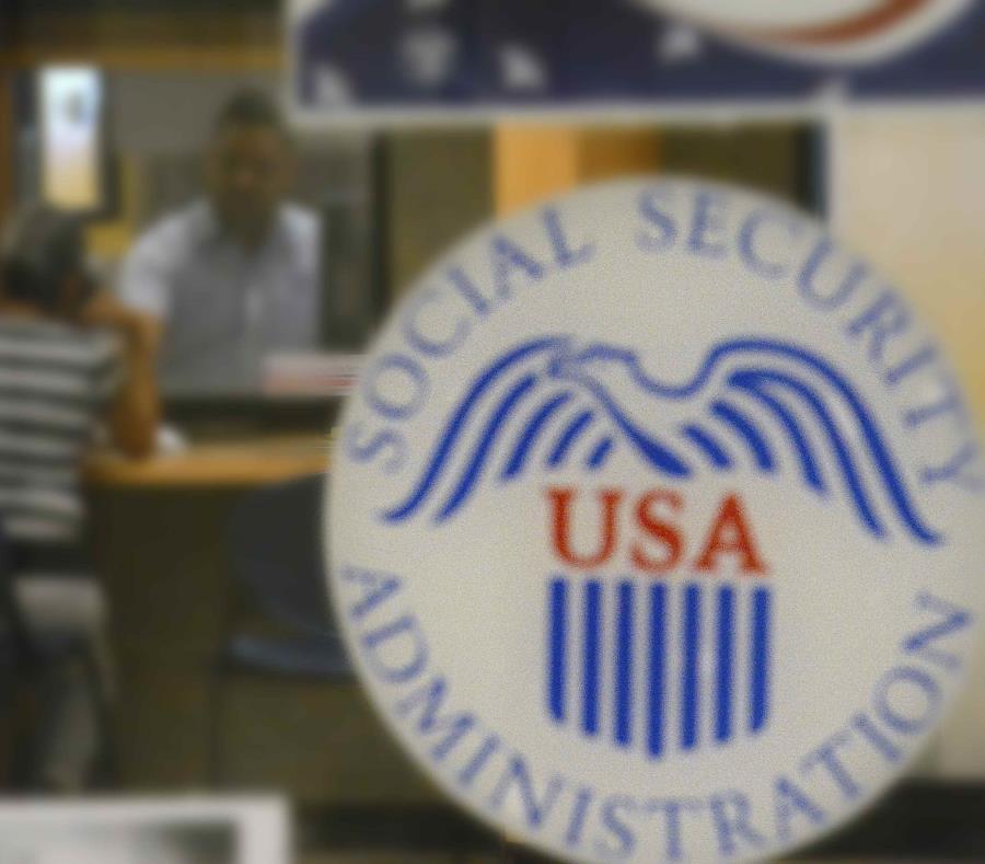 El proceso de solicitud se puede realizar por teléfono o en una de las oficinas del Seguro Social en Puerto Rico (semisquare-x3)