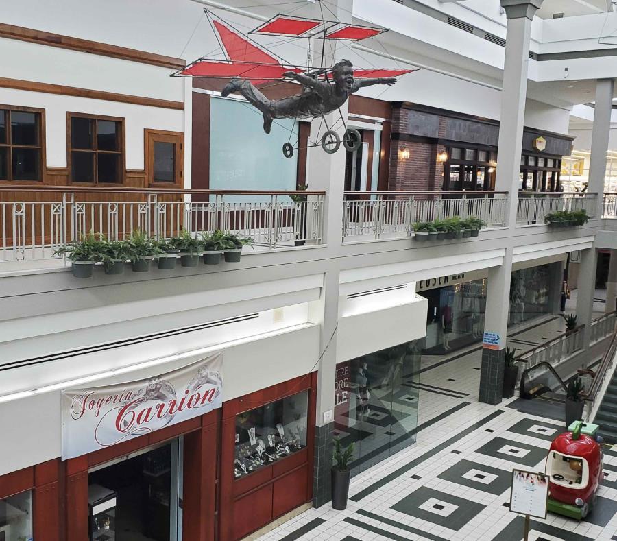 Ponen a la venta el centro comercial Galería Paseos | El