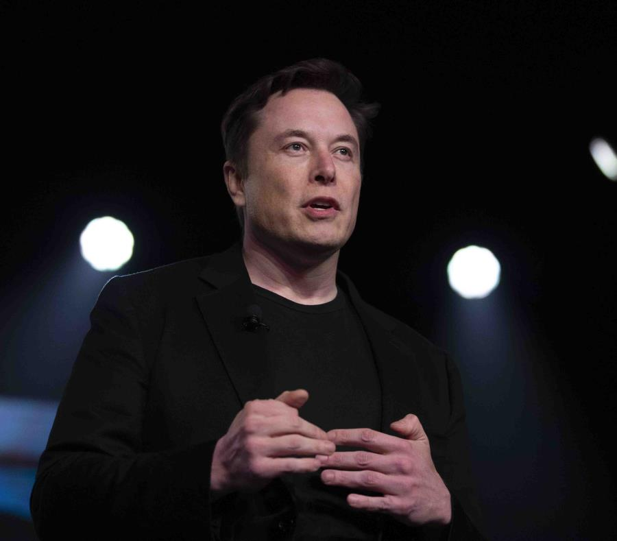 El director general de Tesla Elon Musk en un evento en Hawthorne, California. (AP Photo/Jae C. Hong, File) (semisquare-x3)