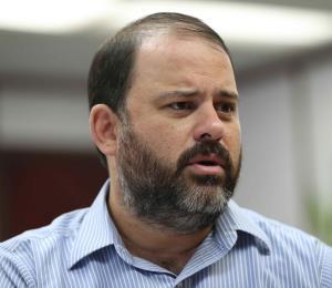 Eligen a Elí Díaz Atienza como presidente de la Junta de la AEE