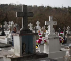 Tomó nueve días para disponer de los cadáveres luego del huracán María