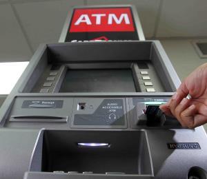 Arrestan a miembros de ganga que enfrentan 64 cargos por robar máquinas ATM