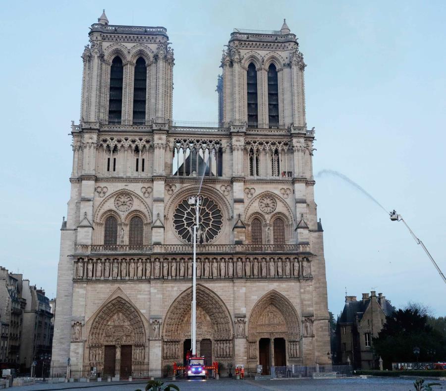La catedral de Notre Dame es una de las más famosas del mundo. (EFE) (semisquare-x3)