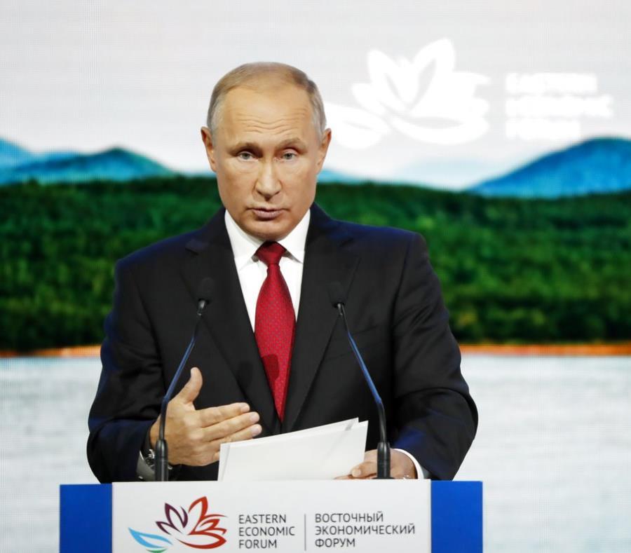 Vladimir Putin asegura que los supuestos atacantes de Skripal y su hija no son agentes militares. (semisquare-x3)