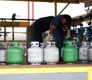 Pugna por el mercado del gas licuado
