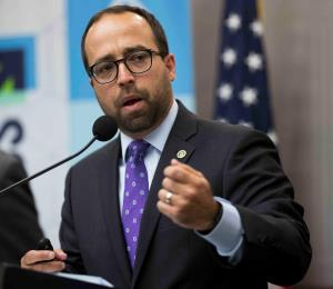 FEMA espera por el gobierno para desembolsos de recuperación
