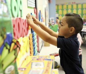 La educación con potencial de estudiantes que mueven el mundo