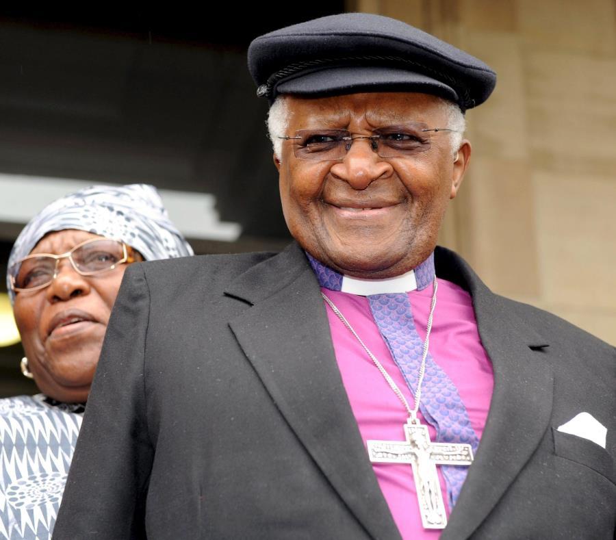 Desmond Tutu (semisquare-x3)