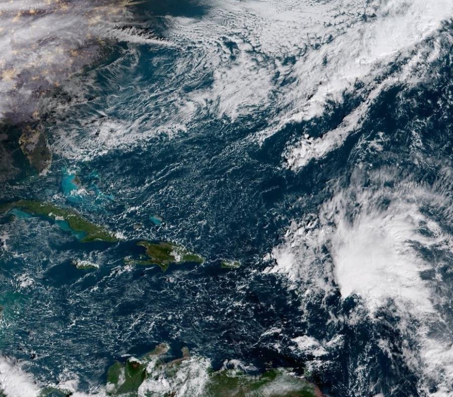 Onda tropical podría convertirse en ciclón en el Atlántico