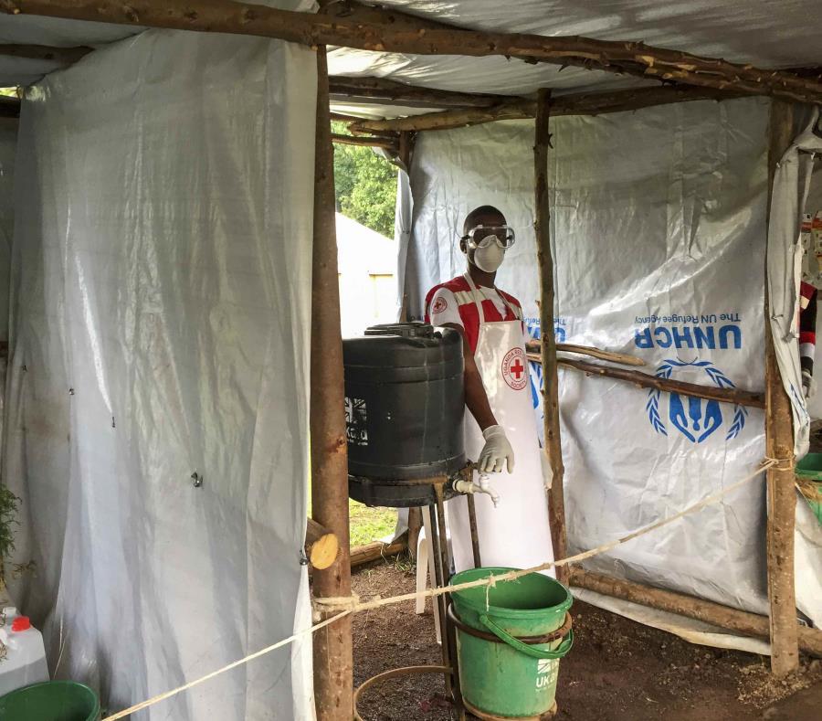 En esta imagen se muestra un puesto de control de bola para la gente que cruza de Congo a pie, en el oeste de Uganda. (Ben Wise/Comit Internacional de Rescate v a AP) (semisquare-x3)