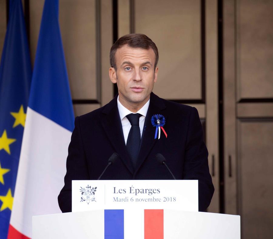 Lanzan en Francia un manual para defender a Macron en las cenas familiares (semisquare-x3)