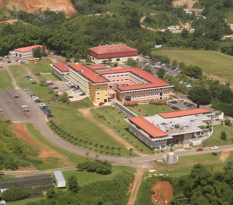 Vista aérea del recinto de Utuado. (GFR Media) (semisquare-x3)