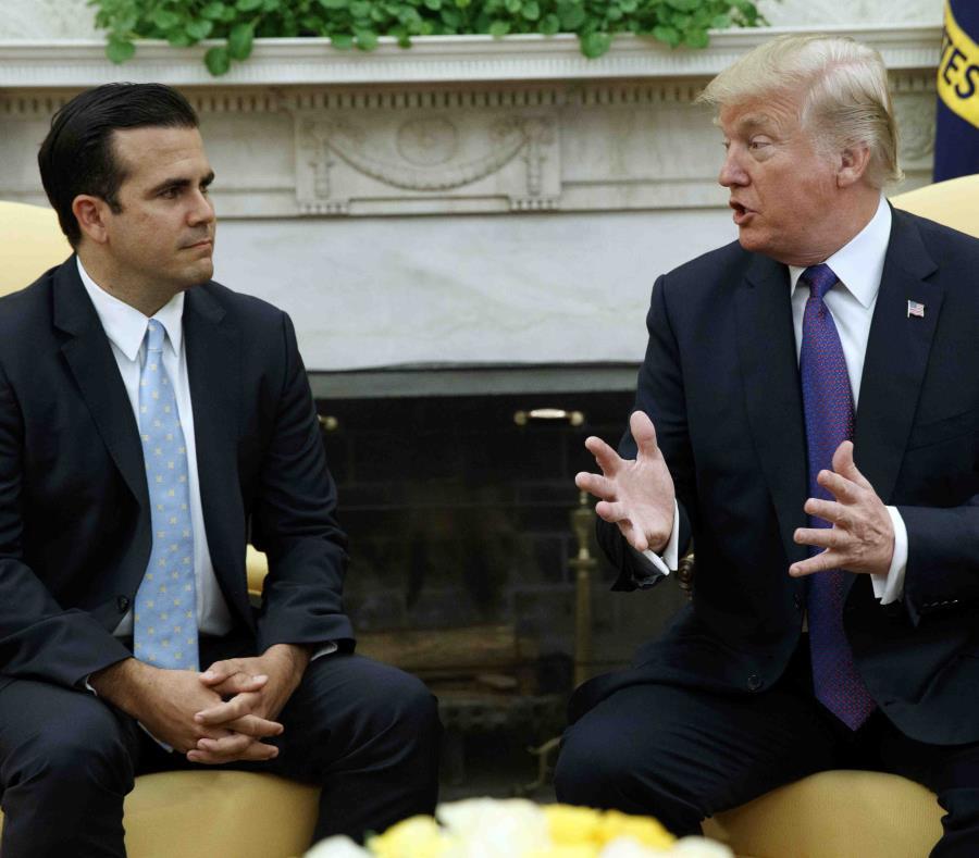 El gobernador, en la foto junto a Donald Trump, hizo las expresiones en una entrevista con Jim Acosta, periodista de CNN (semisquare-x3)