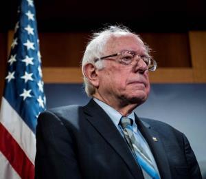 Bernie Sanders dice que Puerto Rico merece la salida de Rosselló