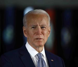 """Joe Biden: muerte de George Floyd muestra """"herida abierta"""" de racismo"""