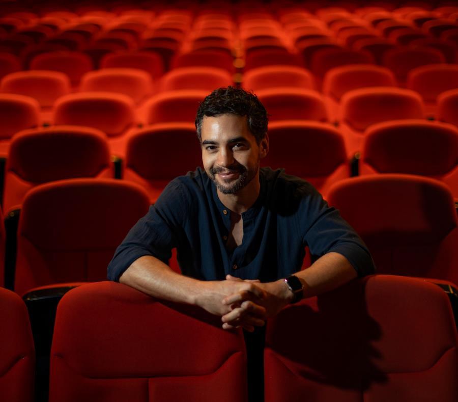 Nacido en Nueva York de padres puertorriqueños, el actor con una ascendente carrera en cine y televisión no duda en identificarse como boricua. (semisquare-x3)