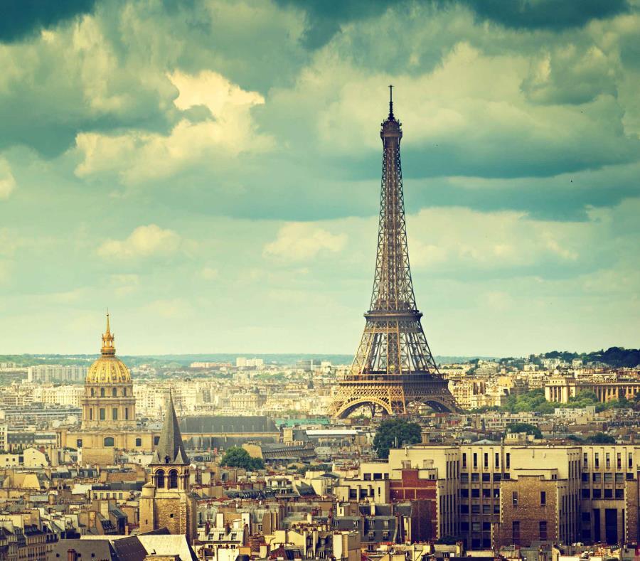 Vista de la Torre Eiffel en París. (GFR Media) (semisquare-x3)