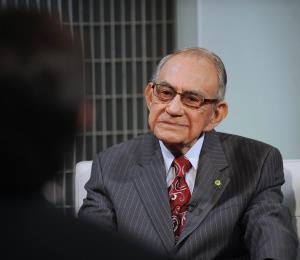 Rosselló decreta un día de duelo por la muerte de Aníbal González Irizarry
