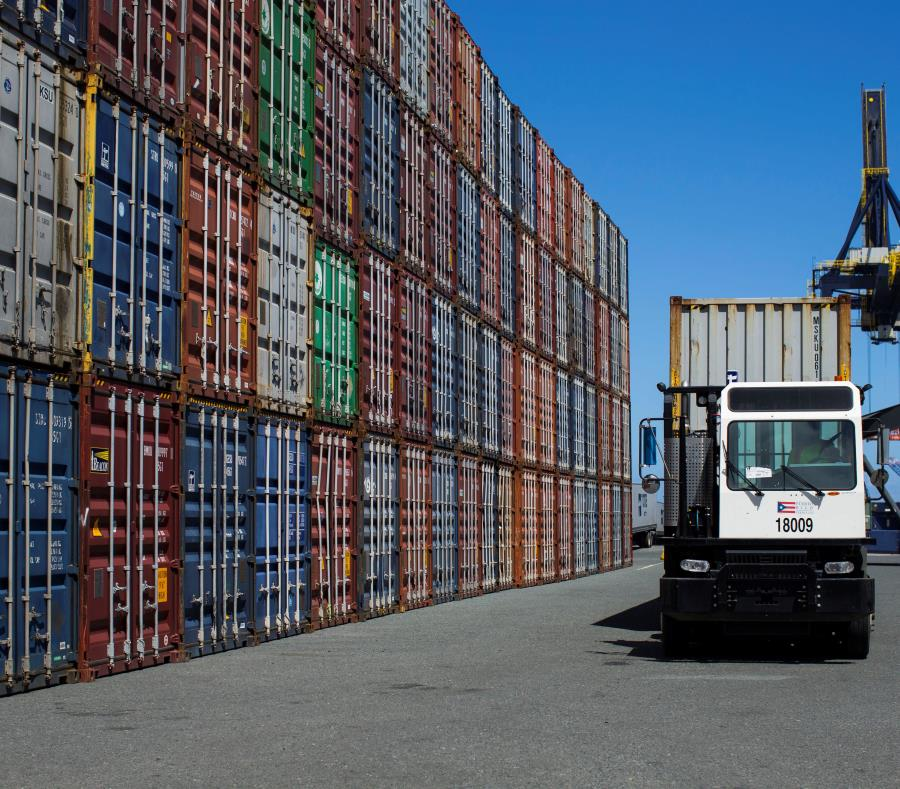 El estudio del gobierno de Puerto Rico contrasta marcadamente con otro estudio comisionado por  la Sociedad Marítima Americana, el cual sostiene que la Ley Jones no encarece el precio de los bienes en la isla. (semisquare-x3)