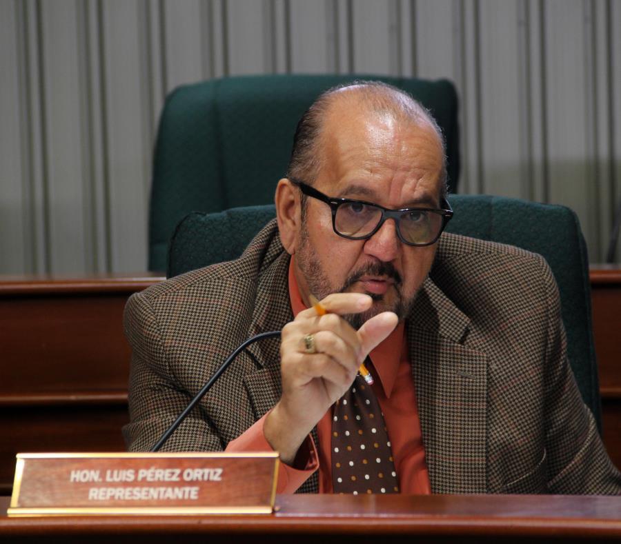 El legislador Luis Pérez Ortiz es el autor del Proyecto de la Cámara 1622, que fue respaldado ayer por el Departamento de la Vivienda (semisquare-x3)