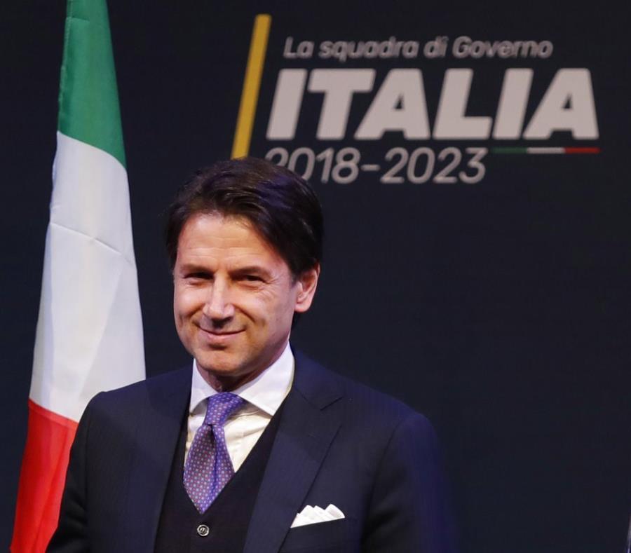 Giuseppe Conte (semisquare-x3)