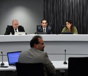Los secreteos de la Comisión de Energía