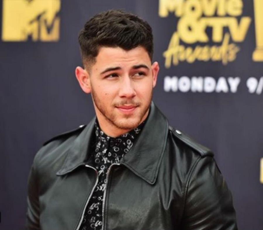 Nick Jonas y Priyanka Chopra se comprometen tras dos meses de relación