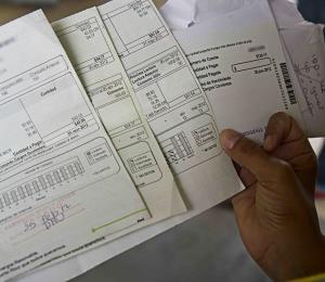 La AEE se opone a proyecto sobre proceso de impugnación a facturas después de Irma y María