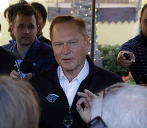 El agente Scott Boras critica la supuesta falta de competencia en las Grandes Ligas