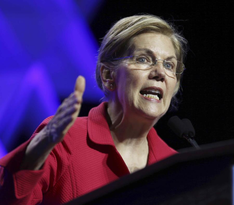 La senadora Elizabeth Warren habla en la Convención Massachusetts 2018 del Partido Demócrata. (AP) (semisquare-x3)