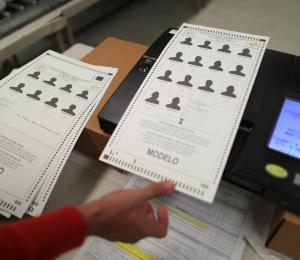La CEE se propone usar máquinas de escrutinio electrónico para todos los eventos electorales del 2020