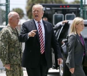 """Trump insiste en la necesidad del muro ante el """"flujo"""" de drogas"""