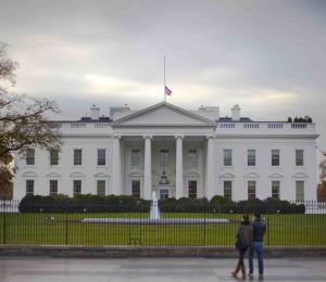 Ante los poderes de Washington