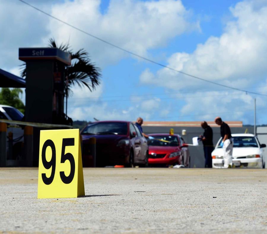 Habían llegado hasta un establecimiento en la Avenida de Diego para comprar algo cuando fueron baleados. (semisquare-x3)