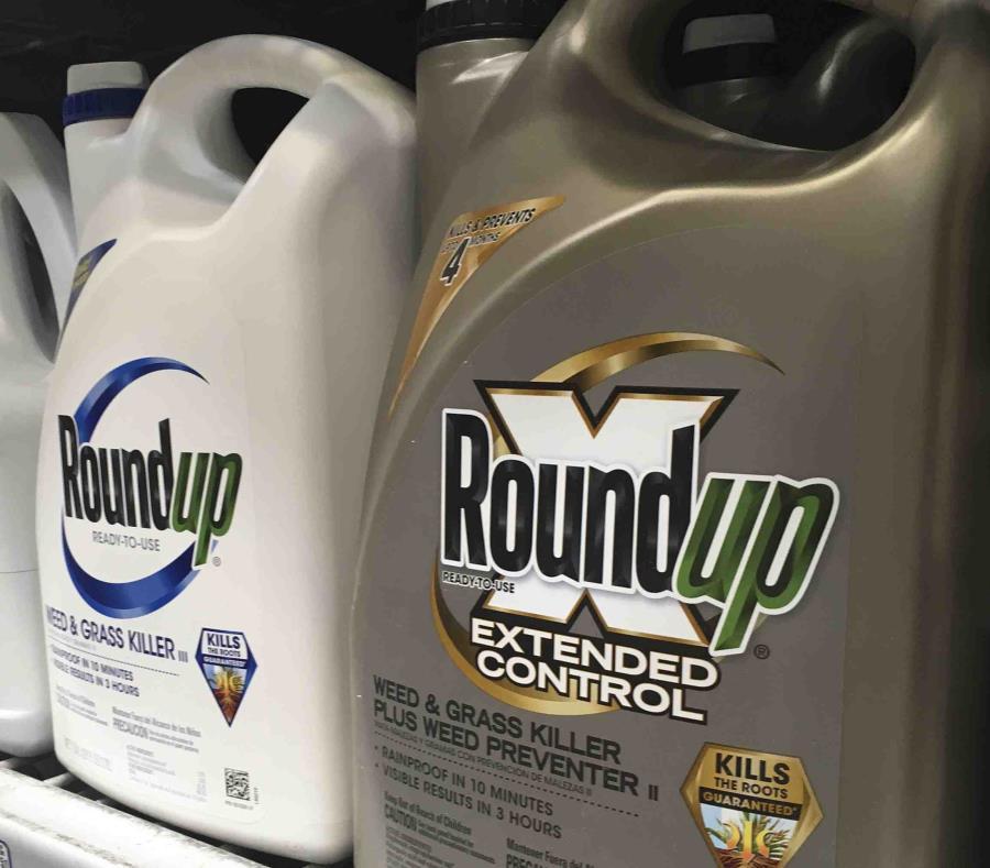 Hombre gana demanda que acusa a Roundup de causar cáncer
