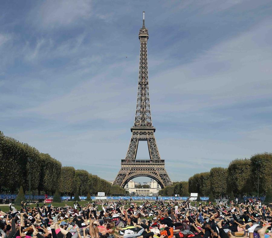La Torre Eiffel cerrará el sábado por protestas
