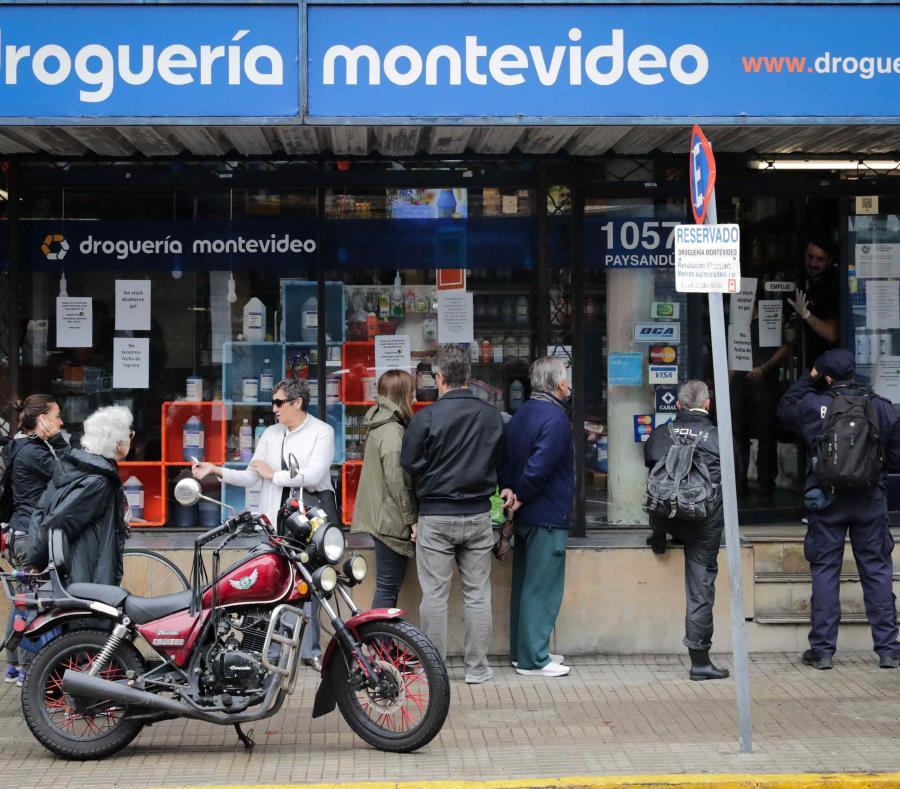 Muere la primera persona por COVID-19 en Uruguay