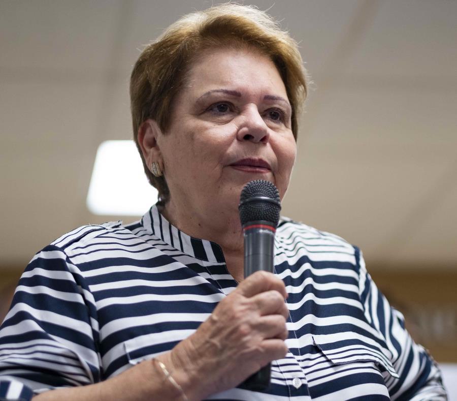 La presidenta de la Asociación de Maestros de Puerto Rico (AMPR), Aida Díaz. (GFR Media) (semisquare-x3)