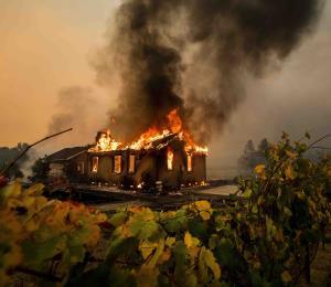 California iniciará apagones ante peligro de incendios