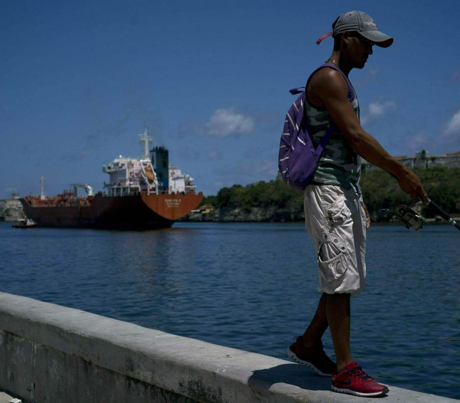 Comienzan recortes de energía eléctrica en Cuba para evitar apagones masivos