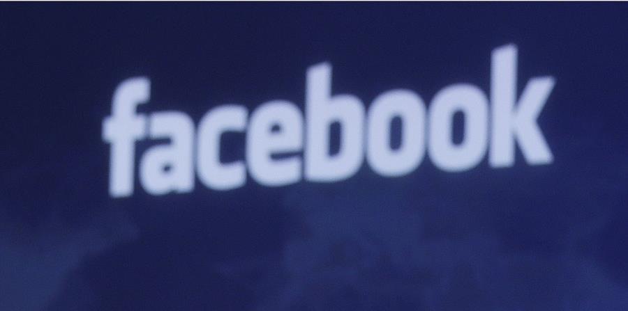 Zuckerberg admitió que los vídeos y otros contenidos corporativos en Facebook han crecido mucho en los últimos dos años (horizontal-x3)