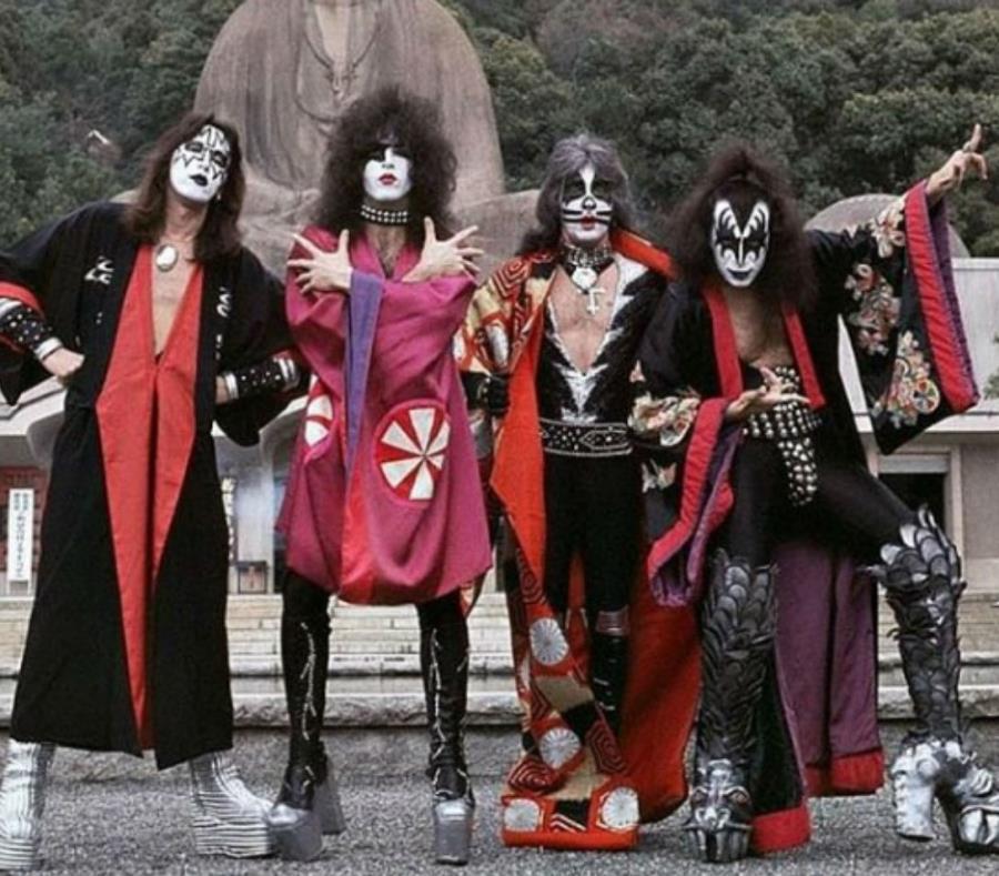 Kiss anuncia su retiro de los escenarios con gira de despedida (semisquare-x3)