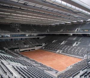 Instalan el techo retráctil de la pista principal de Roland Garros