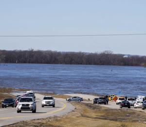 """Dos muertos en Nebraska tras inundaciones históricas por el """"ciclón bomba"""""""
