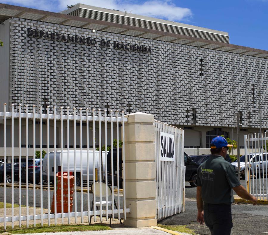 La imagen muestra las instalaciones del Departamento de Hacienda en Viejo San Juan. (GFR Media) (semisquare-x3)