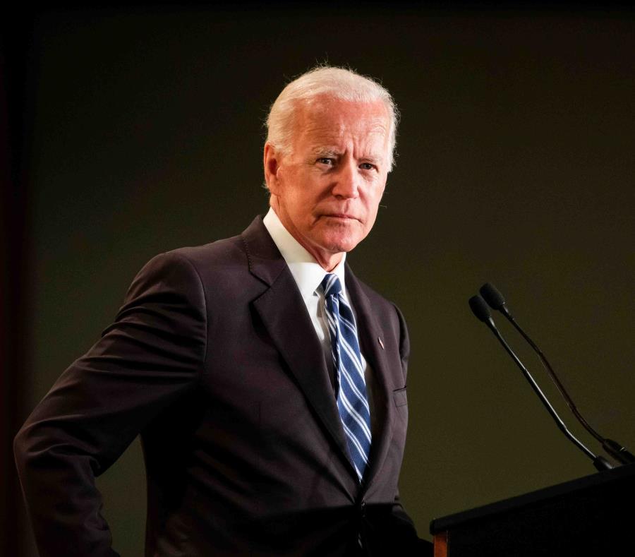 Joe Biden entra a la contienda por la nominación presidencial demócrata