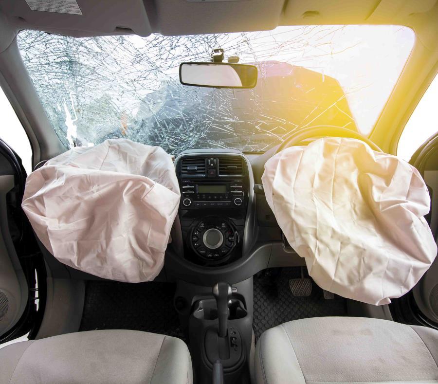Aunque la orden de retiro afecta vehículos de 19 fabricantes de vehículos diferentes, ciertos modelos Honda y Acura de 2001-2003 y ciertas camionetas Ford Ranger y Mazda Serie B de 2006 tienen un riesgo mayor. (Shutterstock.com) (semisquare-x3)