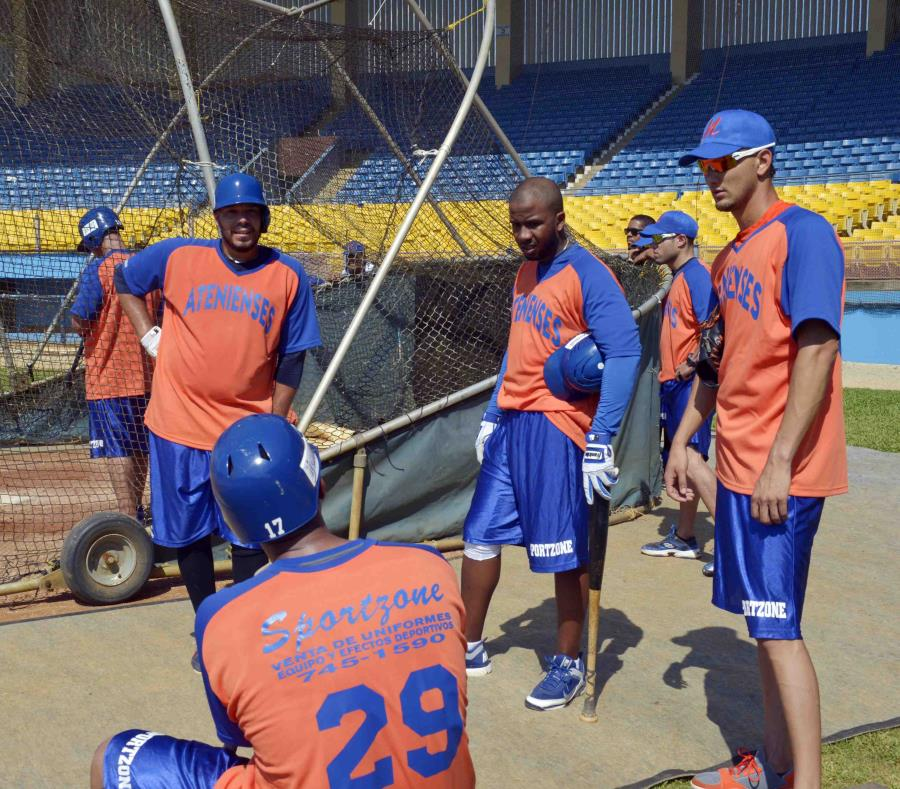 En el pasado, Manatí albergó una franquicia del béisbol invernal. (GFR Media) (semisquare-x3)